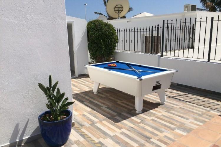3 Bed  Villa/House for Sale, Puerto Del Carmen, Lanzarote - LA-LA964s 4