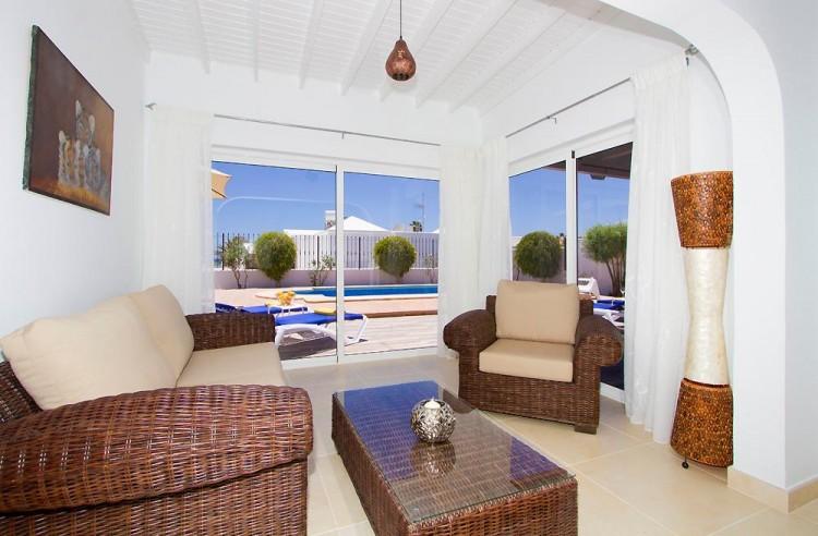 3 Bed  Villa/House for Sale, Puerto Del Carmen, Lanzarote - LA-LA964s 5