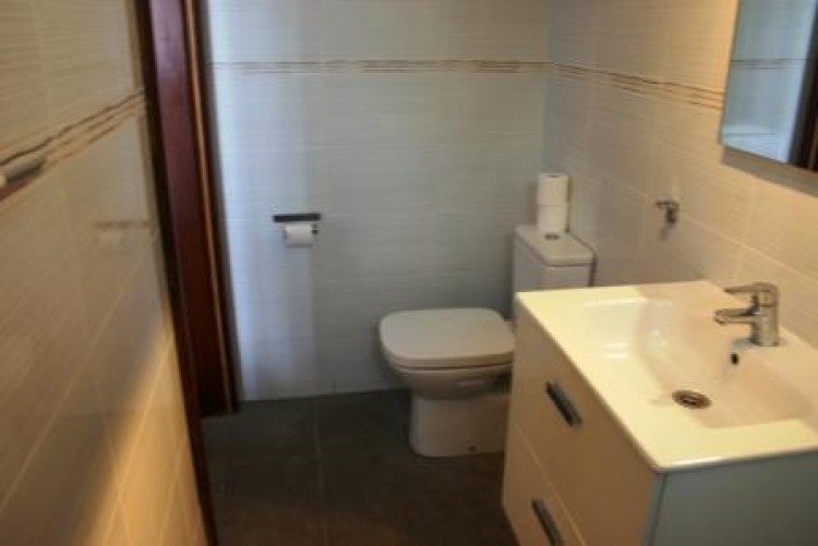2 Bed  Villa/House for Sale, Costa Teguise, Lanzarote - LA-LA960 10