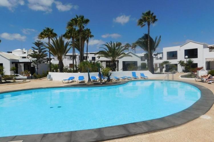 2 Bed  Villa/House for Sale, Costa Teguise, Lanzarote - LA-LA960 3