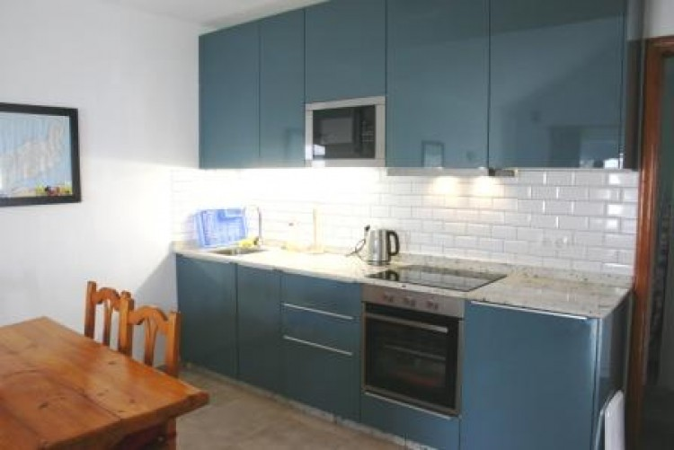 2 Bed  Villa/House for Sale, Costa Teguise, Lanzarote - LA-LA960 6