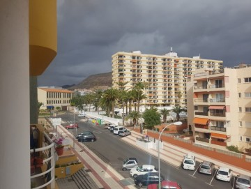 1 Bed  Flat / Apartment for Sale, Los Cristianos, Tenerife - PG-B006