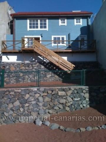 4 Bed  Villa/House for Sale, La Laguna, Tenerife - IC-VCH9127