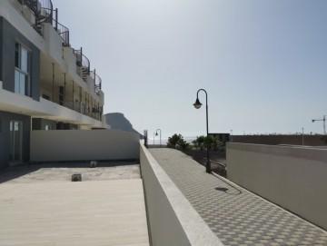 2 Bed  Flat / Apartment for Sale, El Medano, Tenerife - PG-C2020
