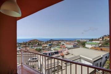 2 Bed  Villa/House for Sale, In the urban area, Fuencaliente, La Palma - LP-F58