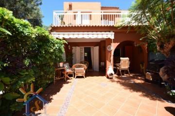 2 Bed  Villa/House to Rent, SAN BARTOLOME DE TIRAJANA, Las Palmas, Gran Canaria - MA-C-567