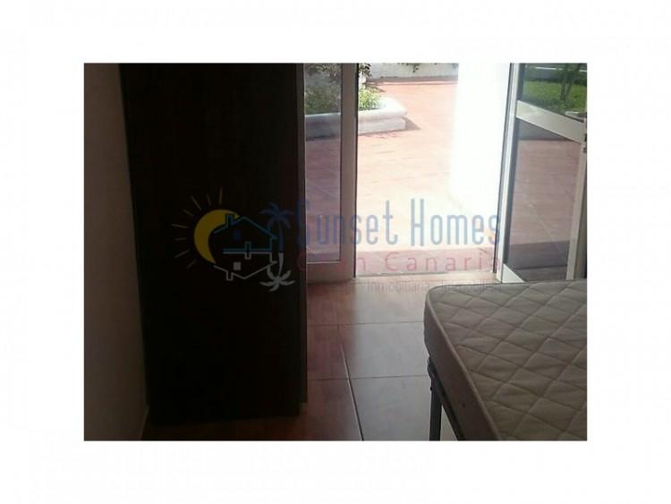 2 Bed  Flat / Apartment to Rent, Playa del Inglés, San Bartolomé de Tirajana, Gran Canaria - SH-1596R 4