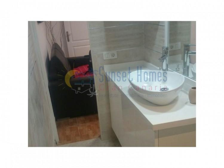 2 Bed  Flat / Apartment to Rent, Playa del Inglés, San Bartolomé de Tirajana, Gran Canaria - SH-1596R 7