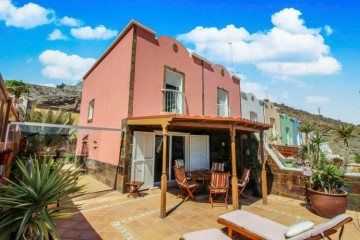 2 Bed  Villa/House for Sale, Mogan, Arguineguin, Gran Canaria - CI-2891-RK
