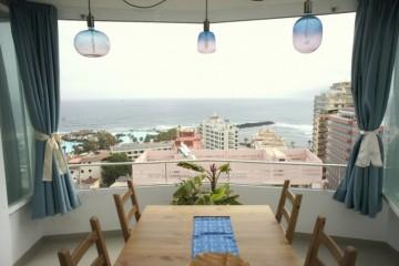 2 Bed  Flat / Apartment for Sale, Puerto de la Cruz, Tenerife - IC-VAT10717