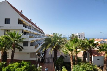 2 Bed  Flat / Apartment for Sale, El Varadero, Guia De Isora, Tenerife - AZ-1474