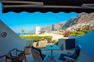 1 Bed  Flat / Apartment for Sale, Los Gigantes, Santa Cruz de Tenerife, Tenerife - YL-PW157