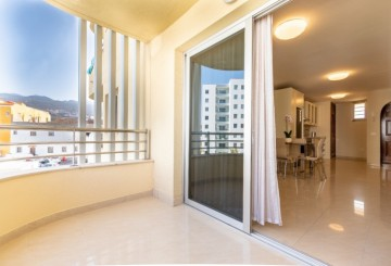 2 Bed  Flat / Apartment for Sale, Playa Paraiso, Tenerife - NP-03049