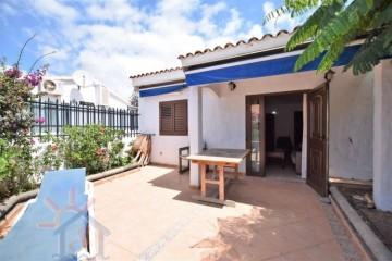 2 Bed  Villa/House to Rent, SAN BARTOLOME DE TIRAJANA, Las Palmas, Gran Canaria - MA-C-587