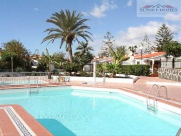 2 Bed  Villa/House to Rent, Playa del Inglés, San Bartolomé de Tirajana, Gran Canaria - SH-1725R