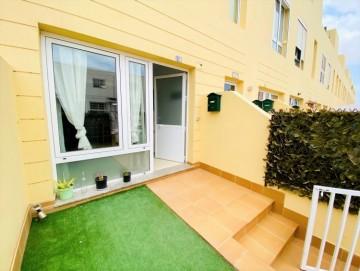 2 Bed  Flat / Apartment to Rent, Puerto del Rosario, Las Palmas, Fuerteventura - DH-XAPTAPPR2BE-90