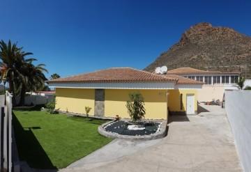 3 Bed  Villa/House for Sale, La Florida, Tenerife - NP-02817