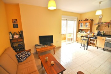2 Bed  Flat / Apartment for Sale, Valle San Lorenzo, Tenerife - NP-03075