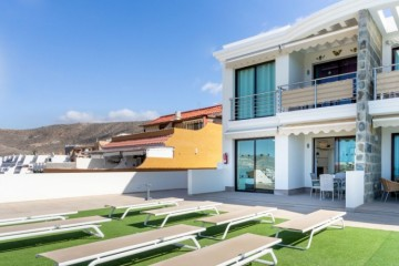 4 Bed  Flat / Apartment for Sale, Mogan, Arguineguin, Gran Canaria - CI-05091-CA