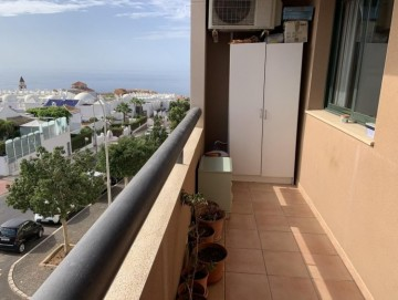2 Bed  Flat / Apartment for Sale, Playa Paraiso, Tenerife - NP-03083
