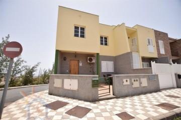 3 Bed  Villa/House for Sale, SANTA LUCIA DE TIRAJANA, Las Palmas, Gran Canaria - MA-C-596