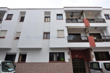 3 Bed  Flat / Apartment for Sale, Puerto De Santiago, Santiago Del Teide, Tenerife - AZ-1501