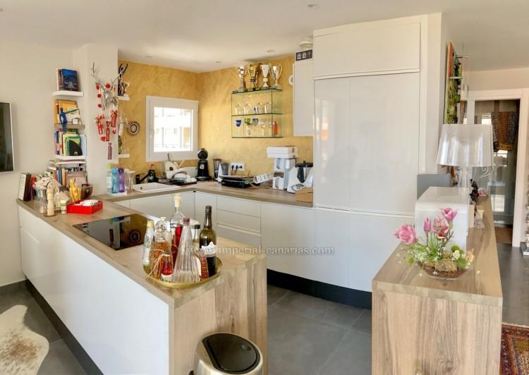 1 Bed  Flat / Apartment for Sale, Puerto de la Cruz, Tenerife - IC-VAP10785 6