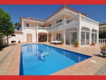 4 Bed  Villa/House for Sale, Callao Salvaje, Tenerife - CS-03