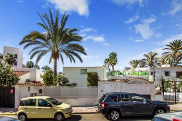 6 Bed  Flat / Apartment for Sale, San Bartolome de Tirajana, Playa del Ingles, Gran Canaria - CI-05101-CA