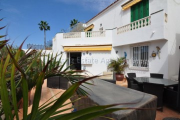 3 Bed  Villa/House for Sale, San Eugenio, Costa Adeje, Tenerife - AZ-1511
