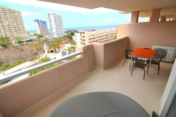 2 Bed  Flat / Apartment for Sale, Playa Paraiso, Tenerife - NP-02771