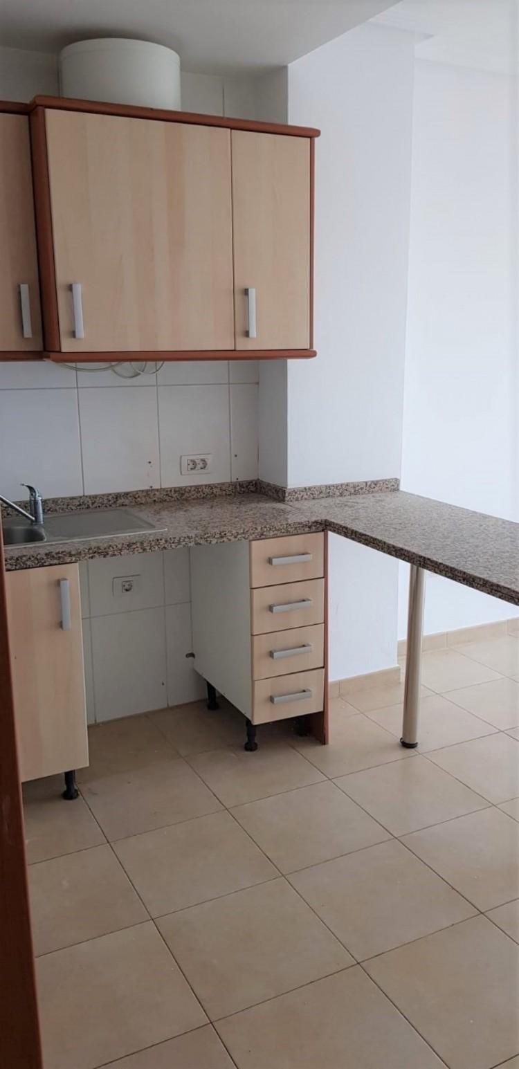 Flat / Apartment for Sale, San Isidro, Granadilla de Abona, Tenerife - VC-UCI-0002 2