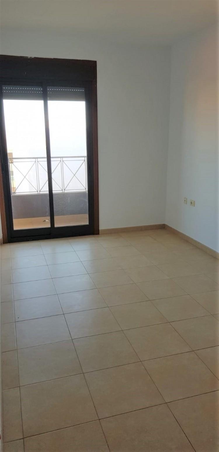 Flat / Apartment for Sale, San Isidro, Granadilla de Abona, Tenerife - VC-UCI-0002 6