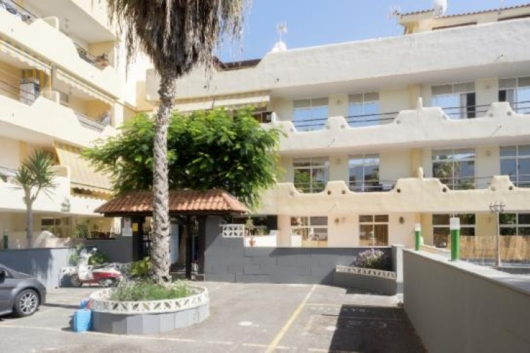 1 Bed  Flat / Apartment for Sale, Adeje, Tenerife - VC-37270125 1