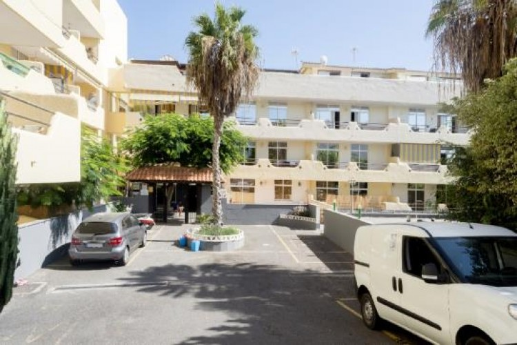 1 Bed  Flat / Apartment for Sale, Adeje, Tenerife - VC-37270125 2