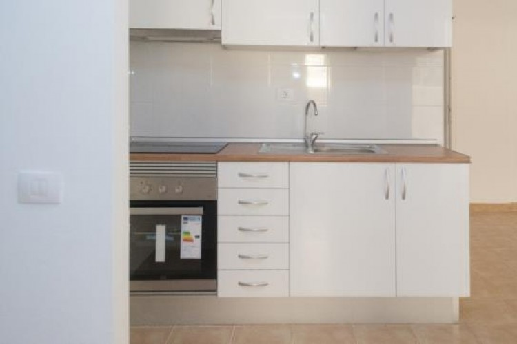 1 Bed  Flat / Apartment for Sale, Adeje, Tenerife - VC-37270125 9