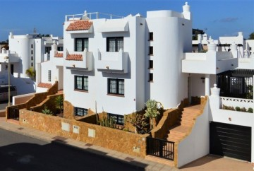 3 Bed  Villa/House for Sale, Corralejo, Las Palmas, Fuerteventura - DH-XVPTCHC3RPV34-1120