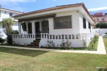 2 Bed  Villa/House for Sale, Puerto de la Cruz, Tenerife - IC-VCH10807