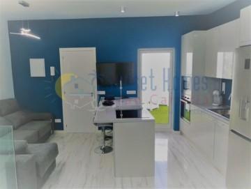 3 Bed  Villa/House to Rent, Las Palmas de Gran Canaria, Gran Canaria - SH-2120R