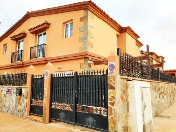 3 Bed  Villa/House for Sale, Puerto del Rosario, Las Palmas, Fuerteventura - DH-XVPTLAHOND-1220