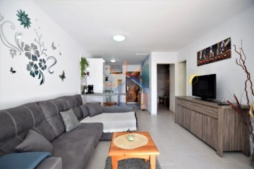 2 Bed  Flat / Apartment for Sale, SAN BARTOLOME DE TIRAJANA, Las Palmas, Gran Canaria - MA-P-412