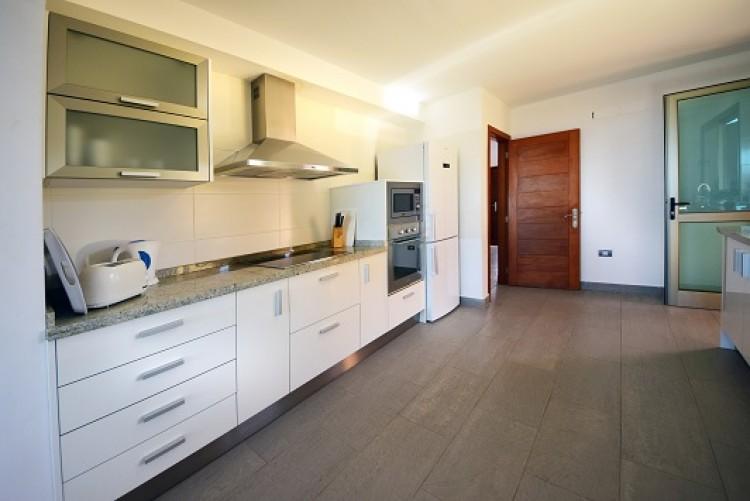4 Bed  Villa/House for Sale, Adeje, Tenerife - MP-V0514-4 11