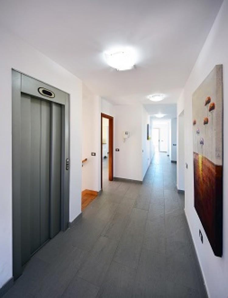4 Bed  Villa/House for Sale, Adeje, Tenerife - MP-V0514-4 12