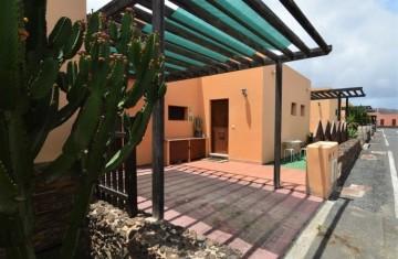 2 Bed  Villa/House to Rent, Corralejo, Las Palmas, Fuerteventura - DH-APTCH2TAM57-120