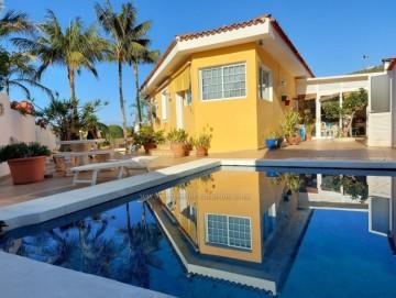 3 Bed  Villa/House for Sale, El Sauzal, Tenerife - IC-VCH10820