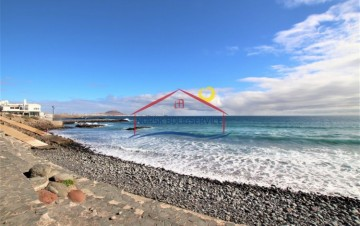 4 Bed  Villa/House for Sale, Pozo Izquierdo, Gran Canaria - NB-2640