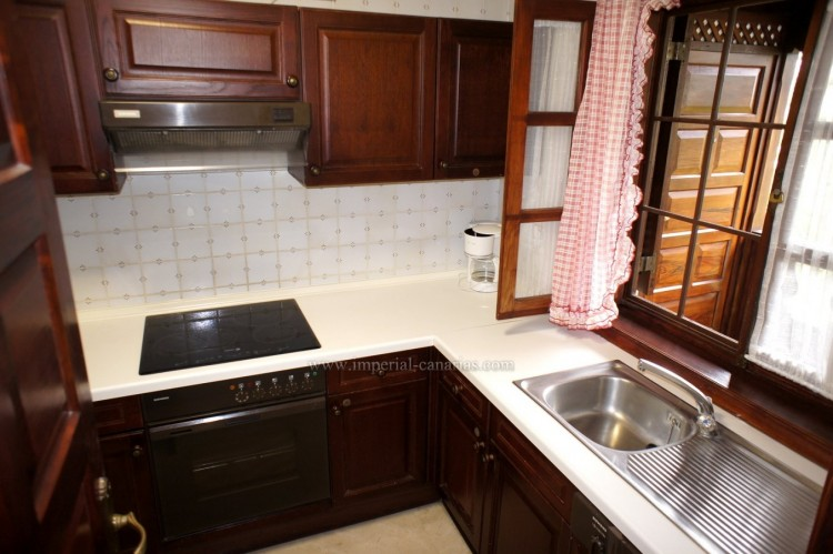 1 Bed  Flat / Apartment to Rent, Puerto de la Cruz, Tenerife - IC-AAP10833 8