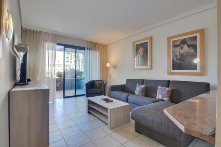 2 Bed  Flat / Apartment for Sale, Puerto de Santiago, Santa Cruz de Tenerife, Tenerife - SB-SB-302 3