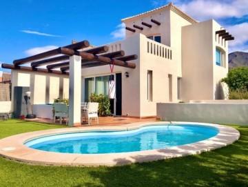 2 Bed  Villa/House for Sale, Costa Adeje, Tenerife - PT-PW-354
