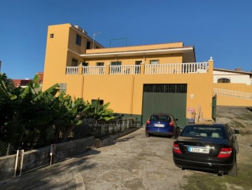 4 Bed  Villa/House to Rent, Los Realejos, Tenerife - IC-ACH10838